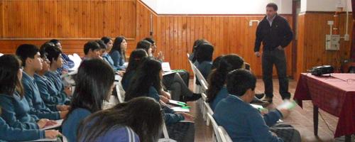 Capacitación a Estudiantes de Yungay en temas Medioambientales