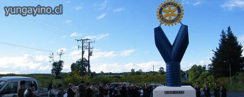 Club Rotary Inaugura Monolito a la Entrada de Yungay