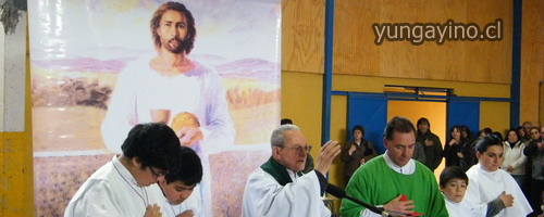 Comunidad de Yungay Saluda a Sacerdote Jorge Navarrete Guzmán Quién Cumple 60 de Misión  Sacerdotal