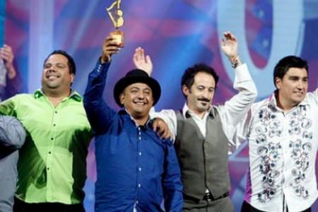 """Músico Yungayino Luis Castillo, gana competencia del Festival del Huaso de Olmué 2015 junto a banda """"Los Tricolores"""""""