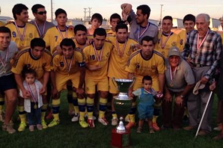 Grado Vocacional de Yungay se Coronó Campeón de la Copa Cordillera 2015