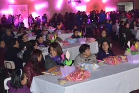 """Con Gran Show Yungay Celebró el """"Día de la Madre"""""""