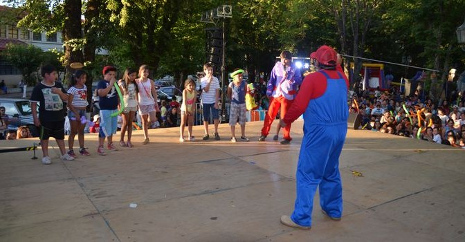 Niños Disfrutaron de Carnaval Infantil Organizado por el Municipio en Semana Yungayina 2016