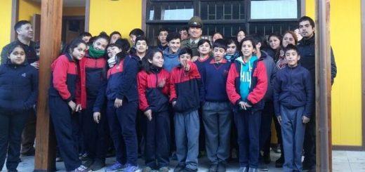 carabineros_escuela_los_mayos