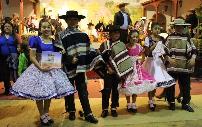 comunal_cueca_fiestas_patrias_2016
